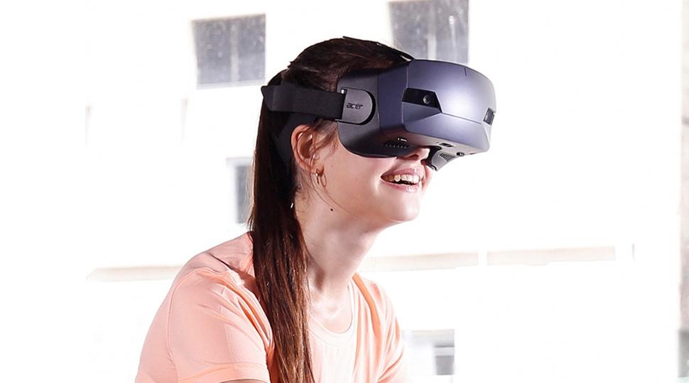 Formazione immersiva: i dispositivi che rendono fruibile la realtà virtuale
